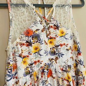 Umgee Dresses - Umgee flower and lace dress